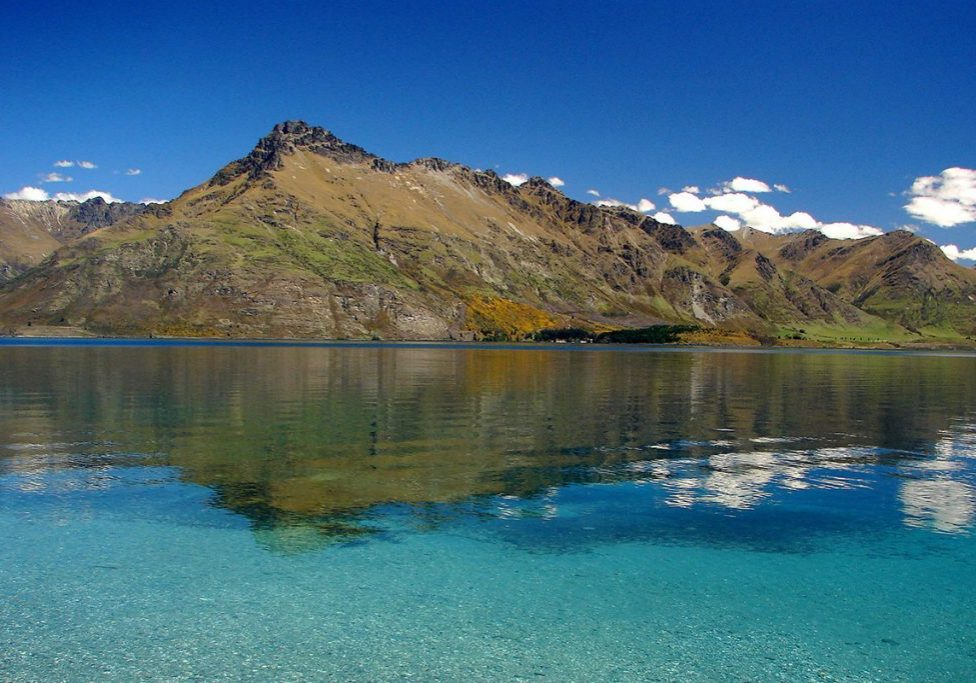 Walter Peak across Lake Wakatipu Wilson Bay