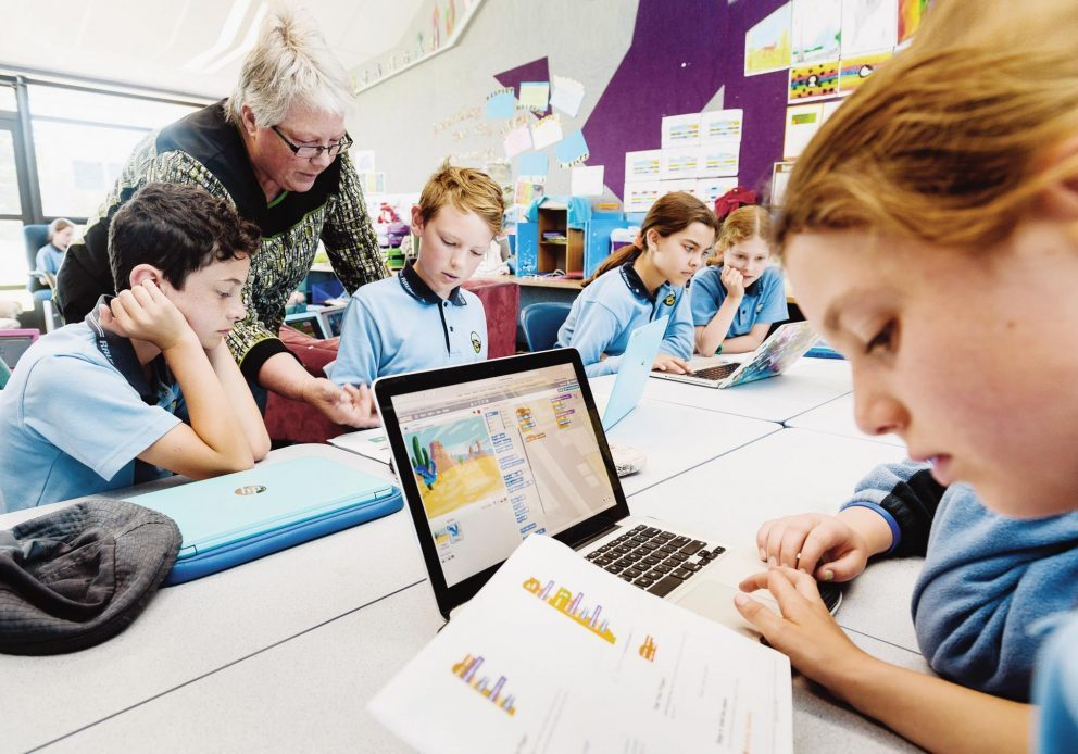 """NZEI. Raumati Beach School. Kids doing 'Scratch' coding. Story on digital technology in the curriculum. Photo by Mark Coote/ <a href=""""http://markcoote.com"""" rel=""""nofollow"""">markcoote.com</a>"""